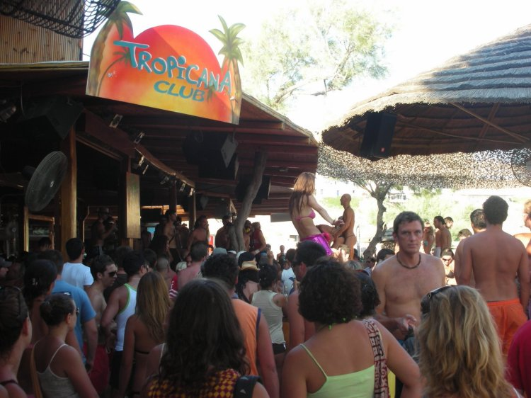 Best Island Beaches For Partying Mykonos St Barts: Beaches Of Mykonos