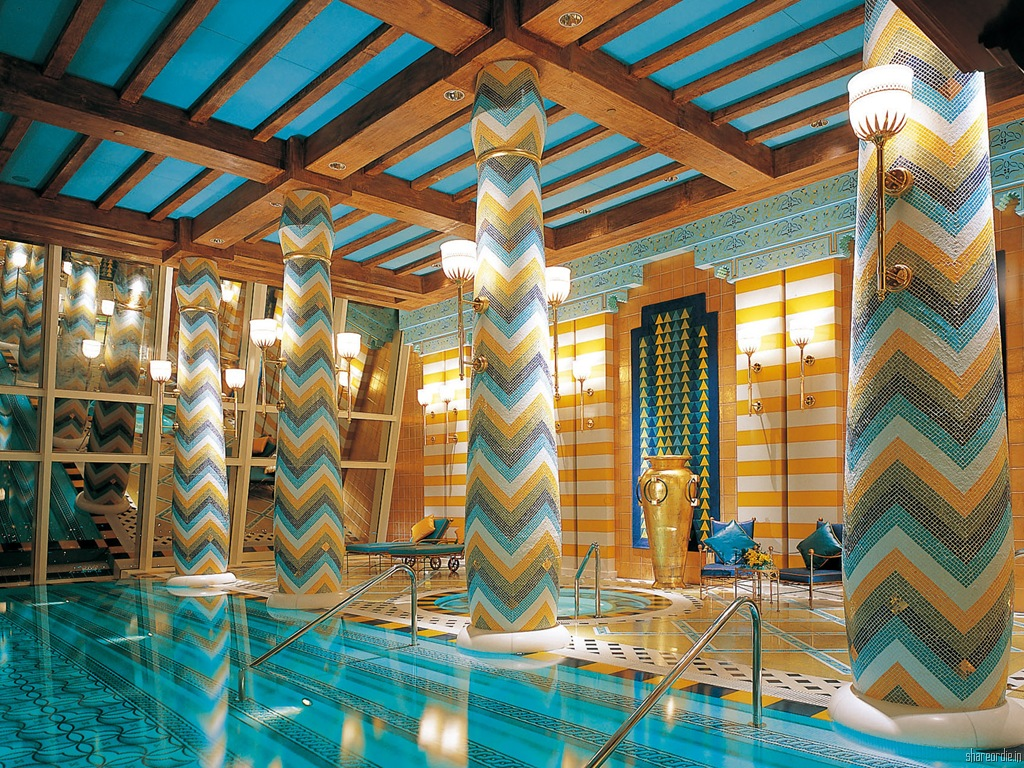 piscine suite royale burj al arab - Burj al Arab wid Lights And its swimming pool