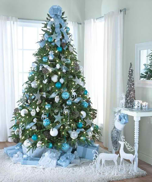 Christmas tree decorating ideas blue silver moco choco for Blue decoration xmas tree