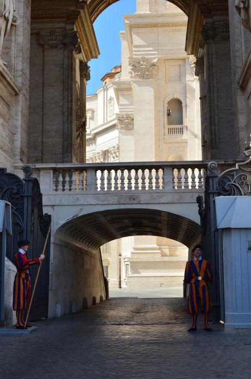 Rome_St._Peter's_Basilica_Vatican_City15