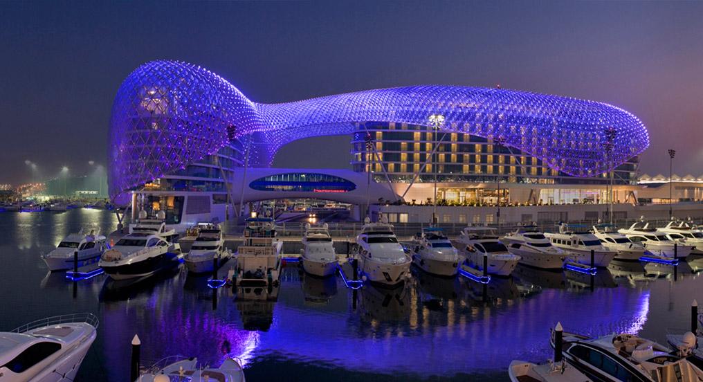 5 ultramodern hotels moco choco for Yas viceroy