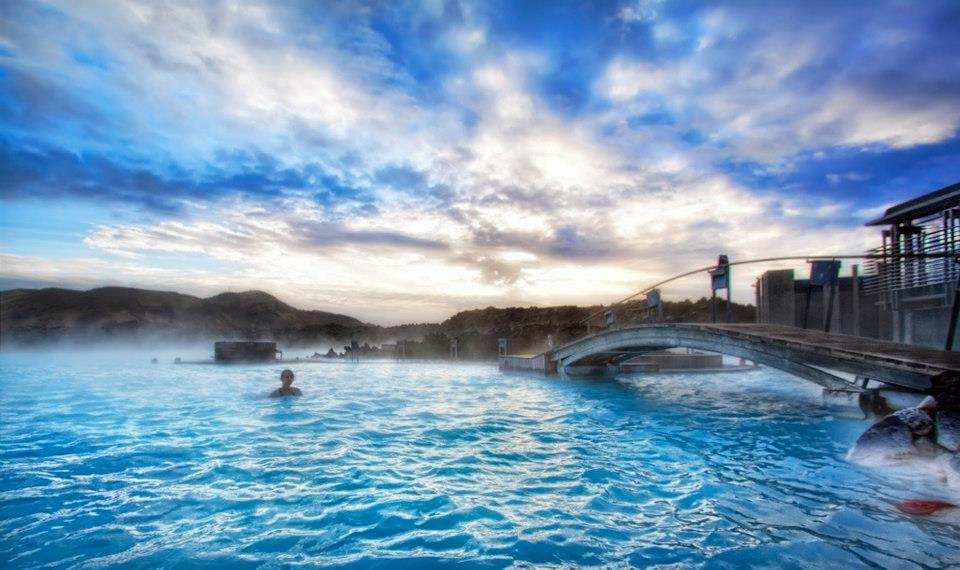 10 most beautiful natural swimming pools in the world for Blue lagoon hotels iceland