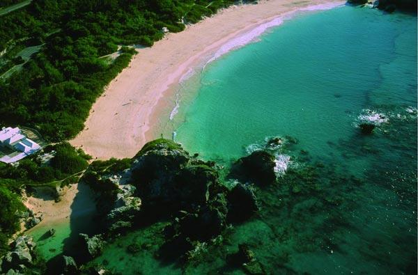 7 amazing pink beaches in the world moco choco for Pink sands harbour island bahamas
