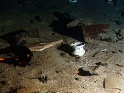 important shipwrecks-debris of titanic