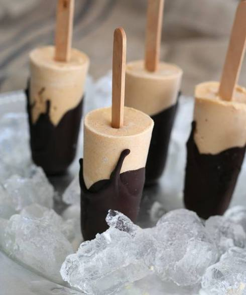healthy homemade popsicles with chocolate