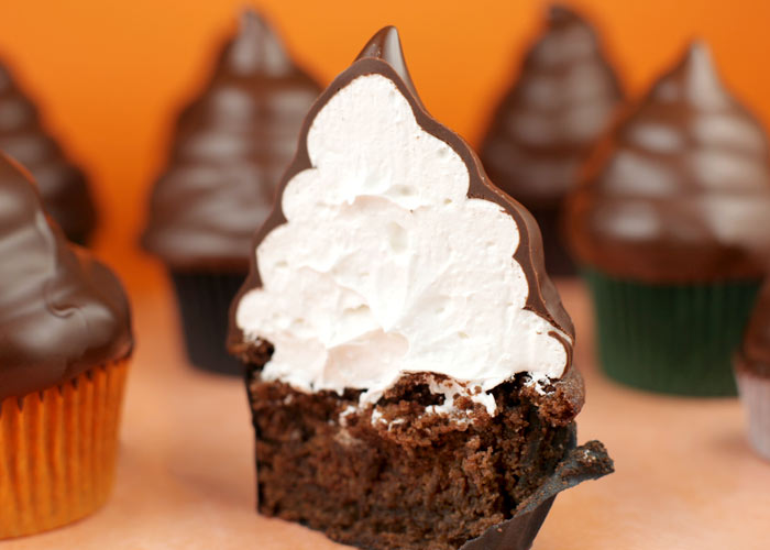 hat chocolate cupcake