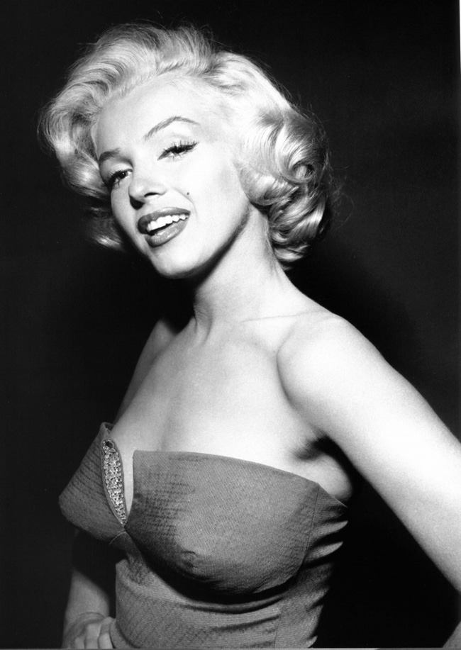 Most Beautiful Women in History in Black and White Photos ...