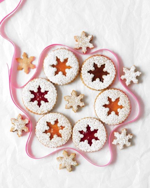 hazelnut-sandwich-cookies-recipe.jpg
