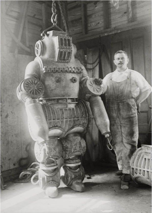 [Image: the-most-bizarre-old-timey-inventions-diving-suit.jpg]